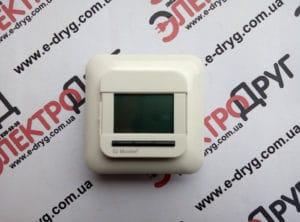 программируемый терморегулятор Oj OCC4-1991 вид спереди